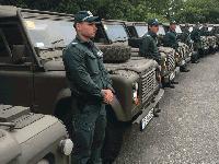 Търсят масло, антифриз и течност за чистачки за джиповете на границата