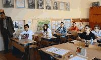 В МОН бяха изтеглени изпитните варианти за ДЗИ и НВО по български език и литература