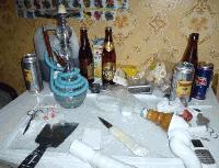 ПОРЕДНА НАРКОЛАБОРАТОРИЯ В СЛИВЕН. Четирима задържани за притежание на наркотици