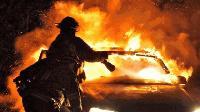 Апартамент, кола и сухи треви са горели в Ямбол за последното денонощие