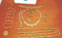 Хванаха контрабандни златни накити на Капитан Андреево