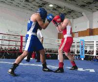 """Боксьорите на """"Ямбол"""" с три медала от държавното за младежи"""