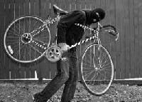 Хванаха много пиян, катастрофирал в балкана. 21-годишен открадна велосипед