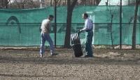 """Обновяват футболното игрище в Спортен комплекс """"Георги Дражев"""" в Ямбол"""