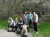 Сливенски ученици почистиха пътеката до Халката