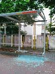 Автобусни спирки в Ямбол станаха жертва на серия посегателства