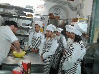 Учениците от ПГ по хранителни технологии и туризъм Ямбол се завърнаха след успешен професионален стаж в Италия
