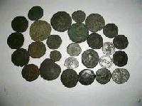 При полицейска операция в Сливен иззеха множество монети и предмети с културно-историческа стойност