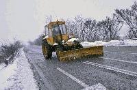 Общо 76 машини ще поддържат пътищата в Сливенско през зимата