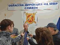 Извършител на серия грабежи е задържан от полицията в град Сливен