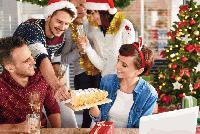 67% от българите ще посрещнат Новата година у дома