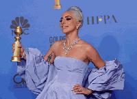 Лейди Гага с уникална огърлица, направена специално за Златните глобуси