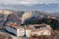 Ограбиха Роженския манастир