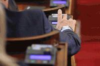 След 15 часа напрегнати дебати: Парламентът одобри окончателно новите изборни правила