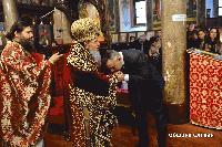 Кметът на Сливен подари картина на митрополит Иоаникий по повод 80-годишнината на владиката