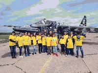 Художници преобразиха Су-25 за Деня на авиацията и космонавтиката