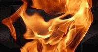 Лек автомобил горя в Ямбол