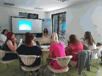"Продължават инициативите ""Детска градина за родители"", организирани от Общностен център-Сливен"