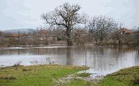 НИМХ: Има опасност от възникване на поройни наводнения край Ямбол и Сливен в сряда вечер