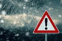 Oпасно време в цялата страна - очакват се поройни дъждове и гръмотевични бури