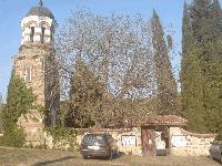 Задържаха крадец на свещник от храма в Кортен