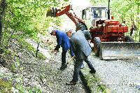 Започна укрепването на свлачището в селище Качулка