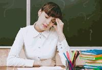 МОН въвежда атестация за учителите на всеки 4 години
