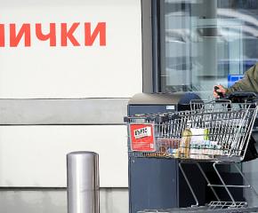 """От 1 май отпада изискването за """"коридори"""" за възрастни в магазините"""