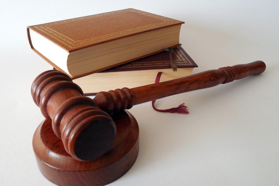 Наказание 10 години лишаване от свобода получи 29-годишен подсъдим, предаден на съд от Окръжната прокуратура в Добрич за причиняване на смърт вследствие...