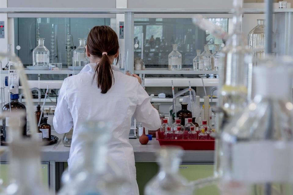 1123 са новите случаи на коронавирусна инфекция у нас при направени 2787 PCR теста, показват данните на Единния информационен портал към полунощ. Положителните...