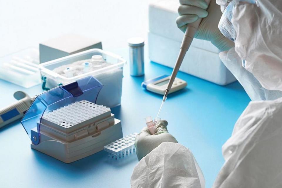 За изминалото денонощие за коронавирусна инфекция на национално ниво са изследвани 5913 проби. От тях 269 са положителни. Това показват данните в Националната...