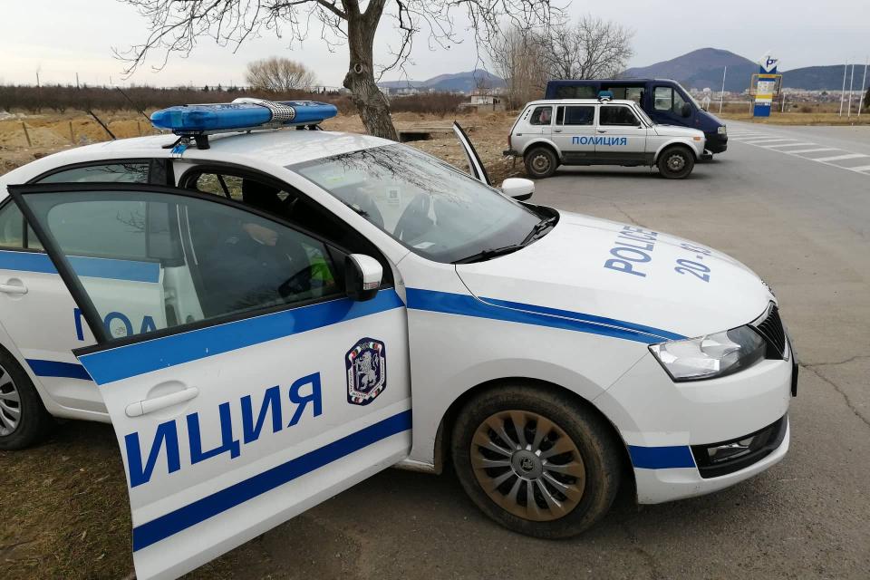Четири контролно-пропускателни пункта, камери за контрол на скоростта, пешеходни полицейски екипи и констатирани 132 нарушения в рамките на 4-часова специализирана...