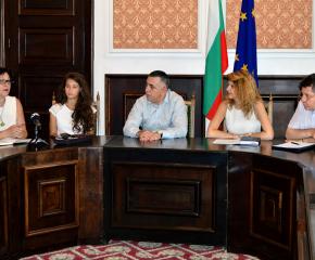 Сливенският драматичен театър открива сезона с премиера