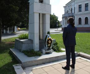 Ямбол отбелязва две годишнини от смъртта на бележити съграждани