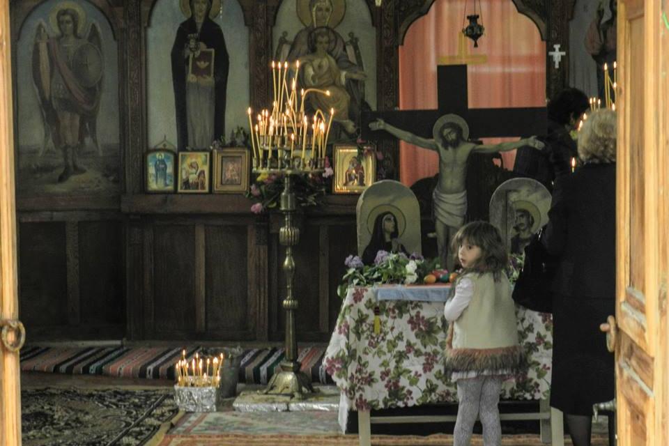 На Петковден – 14 октомври, църквата почита Света Параскева или още наричана Света Петка. Имен ден празнуват Петко, Петка, Петкан, Петра, Петрана, Петрина,...