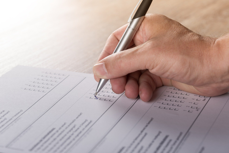 Седемнадесет са вече регистрираните листи за кандидат-депутати в Районна избирателна комисия – Ямбол. Само пет са засега в Районна избирателна комисия-Сливен....