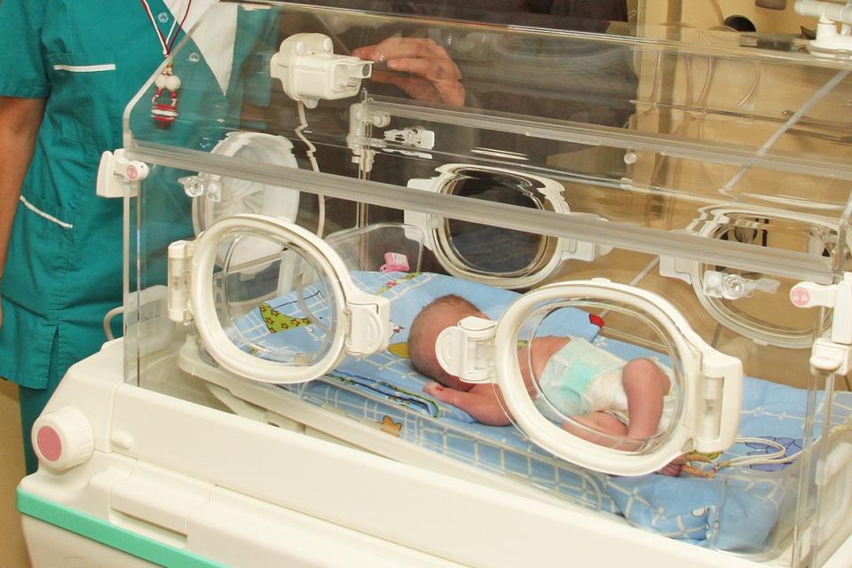 83 бебета са проплакали в ямболското родилно отделение за третото тримесечие, сочат данните на Националния център по обществено здраве и анализи. Родените...