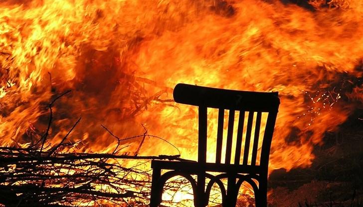 """3-месечно бебе загина при пожар, избухнал късно снощи в квартал """"Максуда"""" във Варна. За инцидента потвърдиха от дирекцията на полицията в крайморския град,..."""