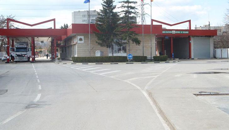 30-часова блокада на Граничния пункт край Силистра започва от днес в 12 ч. и ще продължи до 18 ч. в събота, 21 ноември, съобщи председателят на фондация...