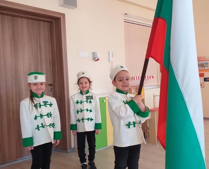 България има много герои, но само един е име-знаме, име-титла. Това е Апостолът на свободата - Васил Левски! Име, превърнало се в легенда и произнасяно...