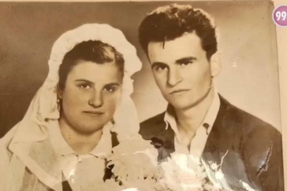 Преди дни Дана и Иван Иванови от тунджанското село Калчево отпразнуваха диамантената си сватба. 60 години – любов, разбирателство и подкрепа. За трудностите...