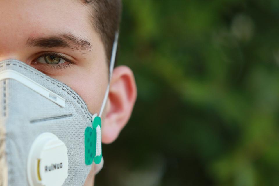 67 са положителните антигенни тестове от направени 170 в Дома за стари хора в Ямбол, съобщи д-р Лиляна Генчева – директор на РЗИ. 60 са положителните проби...