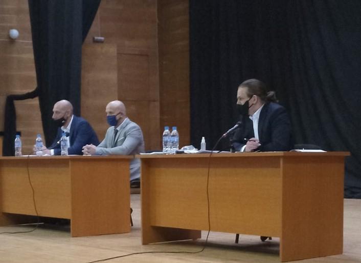 На 14-то заседание Общински съвет – Ямбол гласува промяна на бюджета на общината за 2020 година. Сред дейностите, които трябва да бъдат финансирани, са...