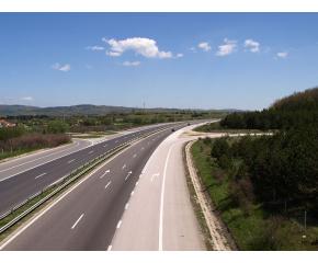 """АПИ: За улеснение на трафика по АМ """"Тракия"""" до 9 май в района на надлеза при 159-ти км ще има две ленти за София и една за Бургас"""