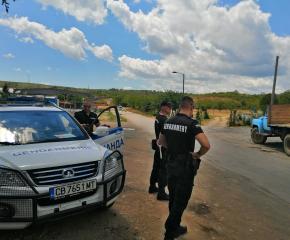 Арести след спецакция в Градец