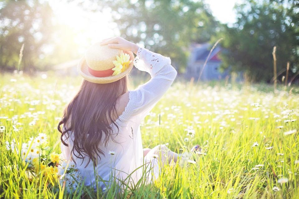 С по-топло време и с по-високи температури ще започне утре сутринта астрономическото лято. В планините са възможни и слаби валежи от дъжд, каза Анастасия...