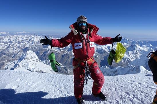 Българският алпинист Атанас Скатов започна трекинга към базовия лагер на връх Дхаулагири...