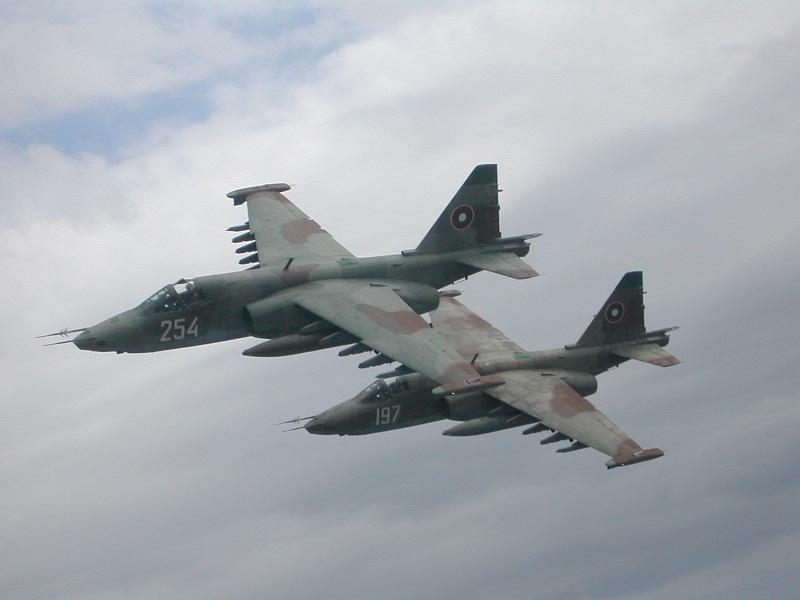 """Авиобаза """"Безмер"""" ще отбележи тържествено 69 години от своето създаване с военен ритуал и Ден на отворени врати на 5 октомври. В празничния ден от 9.30..."""