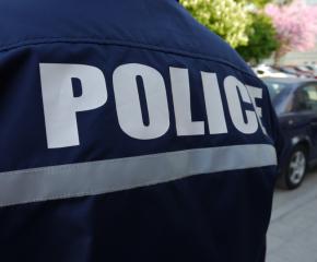 Автобус удари възрастен мъж на пешеходна пътека
