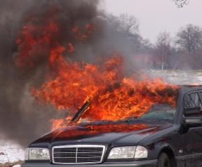 Автомобил изгоря на АМ Тракия